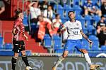 Utkání 2. kola první fotbalové ligy: FC Baník Ostrava - SK Dynamo České Budějovice, 28. srpna 2020 v Ostravě. Zleva Pavel Šulc z Českých Budějovic a Roman Potočný z Ostravy.