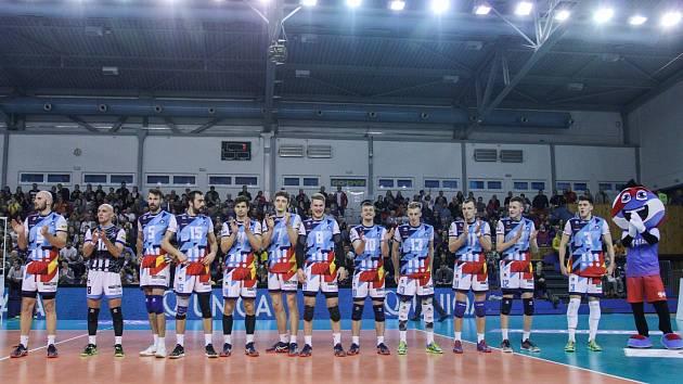 Ve čtvrtfinále volejbalisté VK Ostrava vyřadili obhájce titulu z Karlových Varů, ale v semifinále ztroskotali na Českých Budějovicích. Teď je čeká série o bronz s Kladnem.