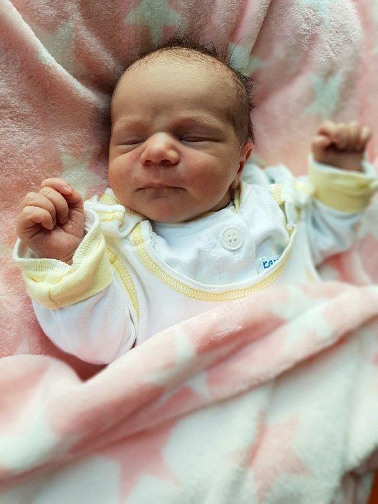 Emma Urbanová, Opava, narozena 7. července 2021 v Opavě, míra 50 cm, váha 3100 g. Foto: Lucie Dlabolová, Andrea Šustková
