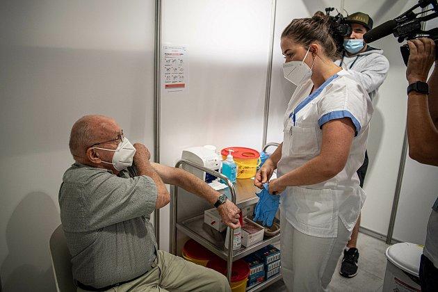 Otevření očkovacího centra ve FNK, 21.července 2021vOstravě. Na snímku pan Kubišta Rudolf.