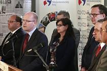 Členové vlády na tiskové konferenci v Ostravě k situaci v OKD.