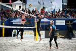 Turnaj Světového okruhu v plážovém volejbalu - zápasy play off, 23. června 2018 v Ostravě. Na snímku Barbora Hermannová a Markéta Sluková.