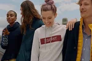 Značka Esprit. Ilustrační fotografie