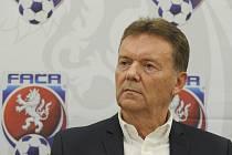 Roman Berbr - Místopředseda Fotbalové asociace ČR za Čechy Roman Berbr.