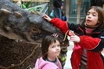Dinosauři v Shopping parku