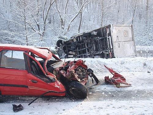 Vážná nehoda na Slovenské ulici
