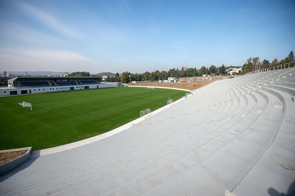 Stadion Bazaly těsně před dokončením, 7. října 2019 v Ostravě.