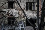 Exploze bytu v domě v Ostravě-Hrabůvce.