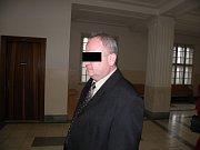 Milan A. je obžalován z obřích daňových úniků při obchodování s lihem.