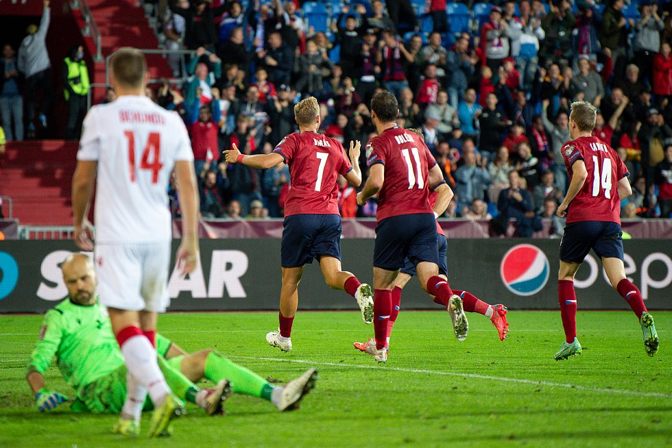 Utkání skupiny E kvalifikace mistrovství světa ve fotbale: Česko - Bělorusko, 2. září 2021 V Ostravě. (střed) Antonín Barák z ČR se raduje z gólu.