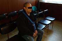 Obžalovanému muži hrozí až dvanáctileté vězení.