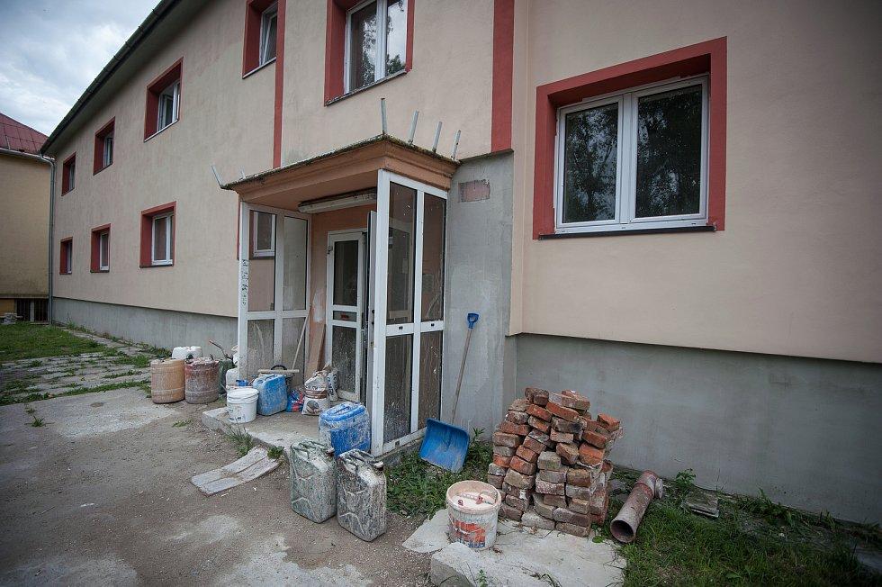 Stavba od podnikatele Rostilava Mitruse - Heřmanice, ulice Vrbická.