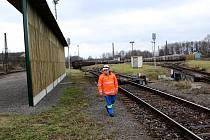 Tři protihlukové stěny dlouhé 100, 152 a 28 metrů nechala postavit společnost ArcelorMittal Ostrava na rozřaďovacím nádraží v Ostravě-Bartovicích.