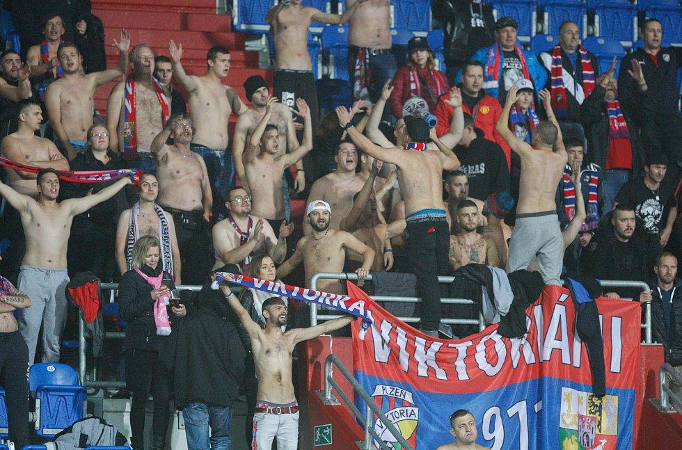FC Baník Ostrava - FC Viktoria Plzeň, fanoušci Plzně