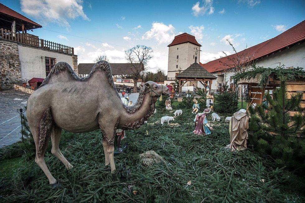 Tradiční výstava betlémů v areálu Slezskoostravského hradu. Ilustrační foto.