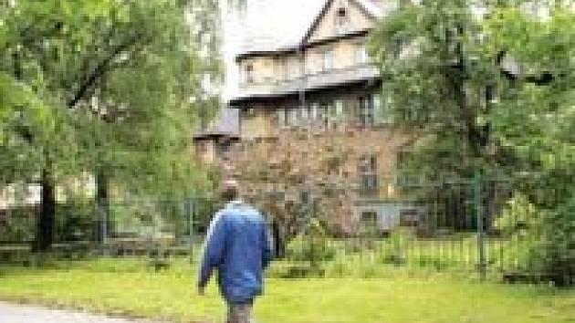 Pohled na Grossmannovu vilu v Ostravě