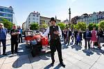 Setkání automobilových veteránů na Masarykově náměstí 25.května 2019 v Ostravě.