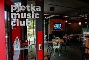 Pjetka music club.