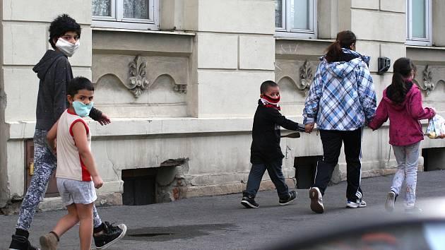 KŘÍŽEM krážem ostravskými ulicemi a obvody o Velikonočním pondělí.