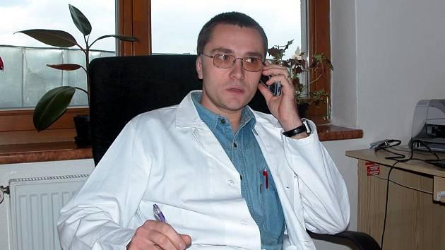 Lukáš Humpl je psychologem a tiskovým mluvčím krajské záchranné služby
