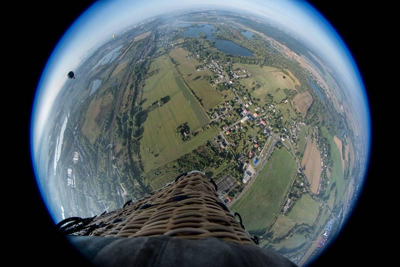 O víkendu panovalo příznivé počasí. Nad Ostravu vzlétlo hned několik balónů.