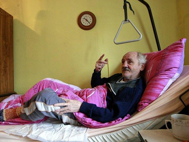 Evžen Böhm se do přerovském lazaretu podle svých slov dostal z nemocnice v Bílovci. Pobýval v něm pět měsíců.