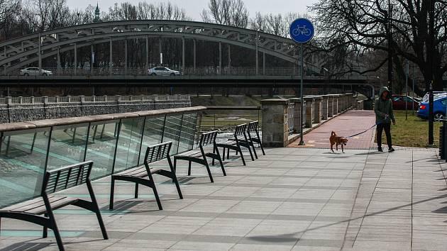 Havlíčkovo nábřeží v centru Ostravy.