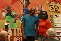 Hvězdnému sprinterovi Usainu Boltovi budou v ostravském hledišti na Zlaté tretře fandit i jeho rodiče.
