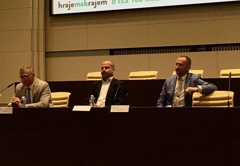 Na dnešní konferenci představili zástupci resortních ministerstev možnosti, jak využít evropské peníze na transformaci kraje.