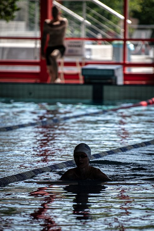 Znovuotevřený krytý bazén SAREZA v Ostravě-Porubě, 2. června 2021.