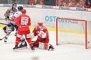 Čtvrtfinále play off hokejové extraligy - 3. zápas: HC Vítkovice Ridera - HC Oceláři Třinec, 24. března 2019 v Ostravě. Na snímku brankář Třince Šimon Hrubec.