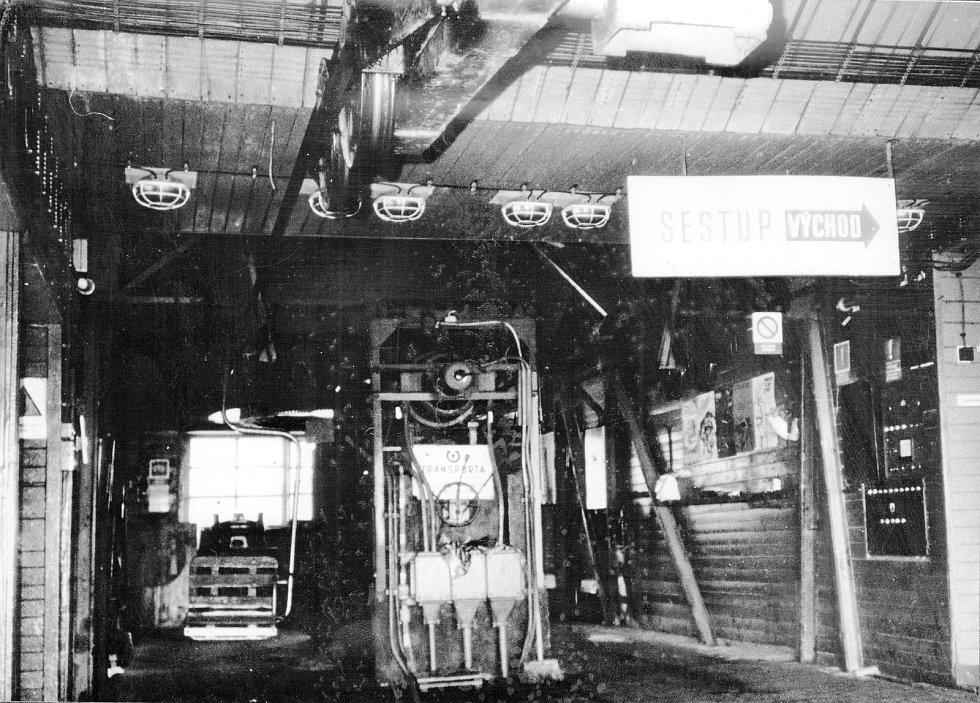 Horní stanice lanovky z Trojanovic na Pustevny v roce 1957.