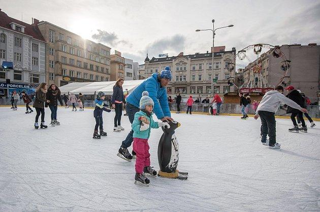 Vánoční trhy na Masarykově náměstí vOstravě. Ilustrační foto.