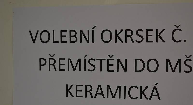 Okrsek 19 003 změnil volební místnost
