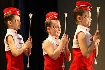 Malým i velkým mažoretkám a roztleskávačkám patřila v sobotu aula Vysoké školy báňské-Technické univerzity v Ostravě-Porubě.