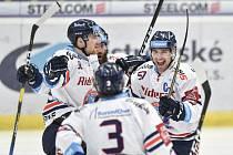 Utkání 40. kola hokejové extraligy: HC Vítkovice Ridera - HC Dynamo Pardubice, 9. ledna 2019 v Ostravě. Na snímku (zleva) Jakub Lev, Daniel Krenželok a Rostislav Olesz.