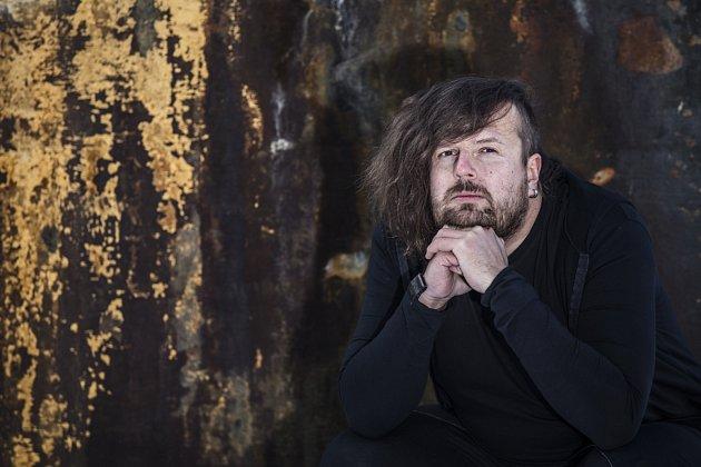 Fotograf Lukáš Horký vystavuje na frýdeckém zámku.