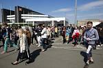 Koordinačního cvičení v okolí a uvnitř ostravské ČEZ Arény pro prověření bezpečnostních opatření na MS v hokeji se zúčastnilo více než sto policistů a tři tisíce studentů.