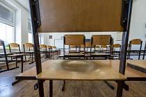 Prázdná třída ve škole. Ilustrační foto.