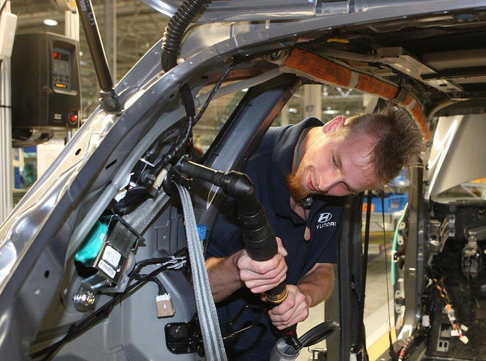 Čtvrtek 24. září 2009. To je datum, kdy byla v nošovické automobilce Hyundai slavnostně zahájena výroba vozů.