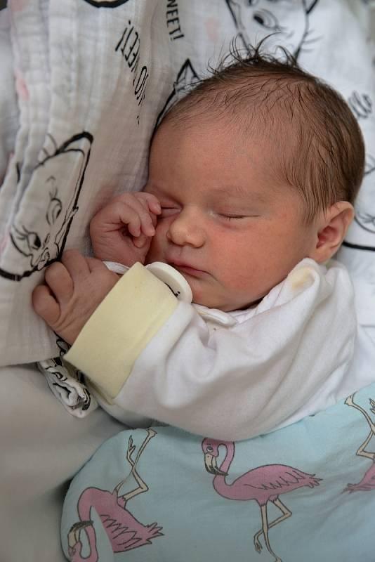 Eliška Pazderová z Bohumína, narozena 10. června 2021 v Karviné, míra 48 cm, váha 2980 g. Foto: Marek Běhan