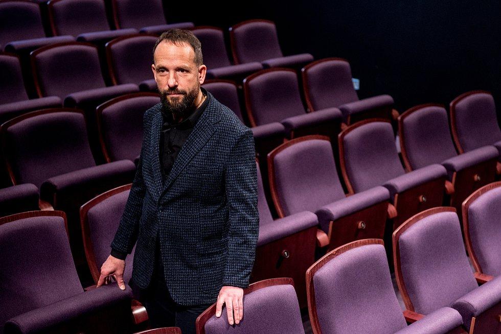 Divadlo Jiřího Myrona otevřelo veřejnosti nové prostory včetně kavárny, 16.prosince 2018 v Ostravě. Na snímku Tomáš Macura
