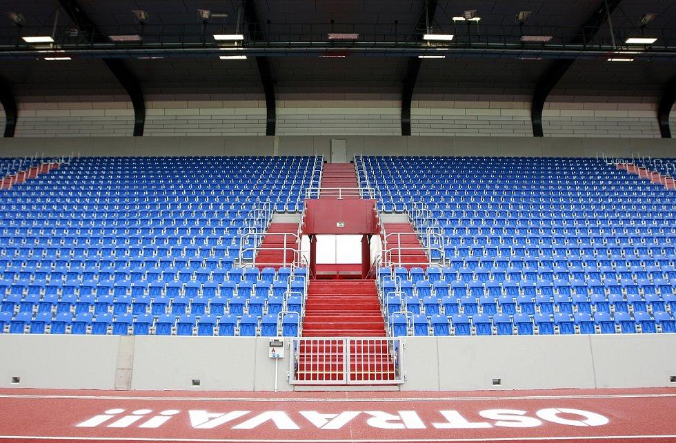 Nová tribuna, prvotřídní trávník a moderní polyuretanový povrch atletické dráhy. První etapa rekonstrukce Městského stadionu ve Vítkovicích je u konce.