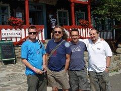 Robert Plant (na snímku druhý zleva) při návštěvě Pusteven v roce 2006.