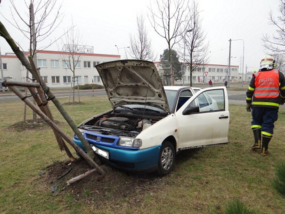 Při nehodě byl zraněn řidič.