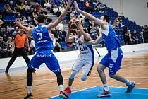 Basketbalisté Ostravy v úvodním utkání nadstavby prohráli v Kolíně.