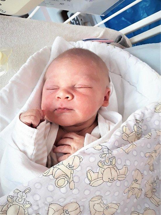 David Hruška se narodil 31.července 2020 ve Valašském Meziříčí, vážil 3710 g a měřil 50 cm. Bydliště v Mořkově
