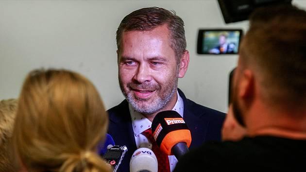 Tiskovka FNO - na fotografii ředitel nemocnice Evžen Machytka