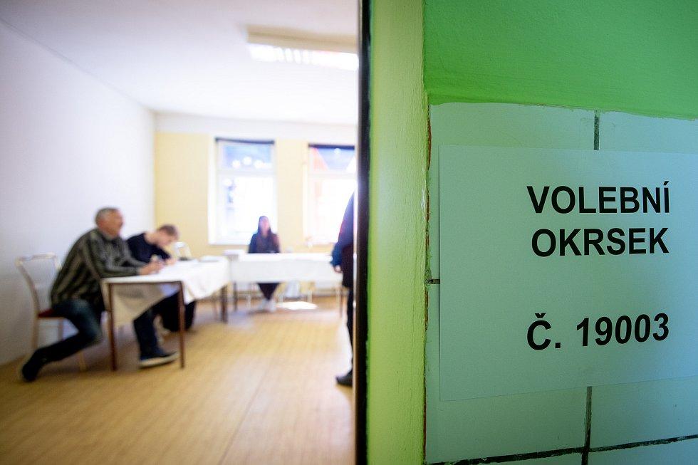 Volby do Evropského parlamentu, volební okrsek 19003, 24. května 2019 v Ostravě.