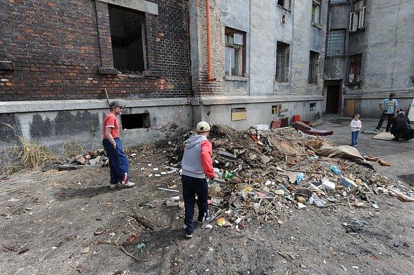 Bude mít dům číslo 8vostravském ghettu Přednádraží nové nájemníky?
